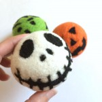 How to Make Felted Wool Dryer Balls: Dry and Wet Felting