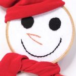 How to Turn Embroidery Hoops into a Snowman